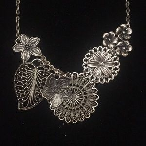 Premier Designs Botanical Necklace